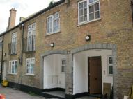 Flat in Chesterfield Mews...