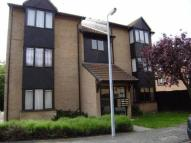 Flat to rent in Pycroft Way, Edmonton N9