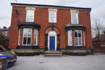 1 bed Flat to rent in Darnton Road...