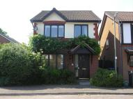 Detached home to rent in Knaphill, Woking, Surrey