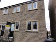 2 bedroom semi detached home to rent in Co-Operative Street...