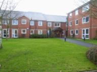 1 bedroom Flat to rent in Hinchley Wood, Esher