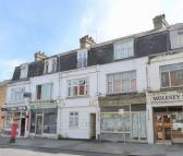 Apartment for sale in East Molesey