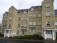 Flat to rent in Meadow Road...