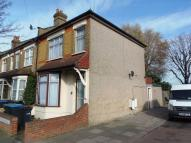 Flat for sale in Woolmer Road, N18
