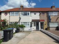 3 bed Terraced property in Wheatfields, EN3