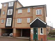 2 bedroom Flat in Greener Court, EN3