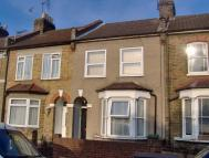 Uckfield Road Terraced property to rent