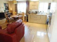 2 bed Flat to rent in Greener Court, EN3