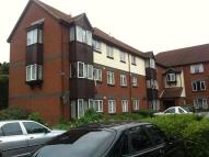 Flat to rent in Swaythling Close, N18