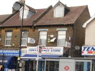 2 bedroom Flat in Ordnance Road, EN3