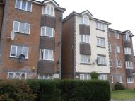 1 bed Flat to rent in Tennyson Close, EN3