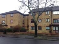 2 bed Flat for sale in 17 BAY COURT, POPES LANE...