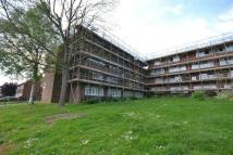 2 bedroom Flat in Boteley Close, Chingford