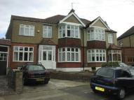 5 bed semi detached house in Oak Hill Crescent...