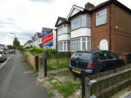 Maisonette to rent in Marlborough Road...