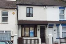 3 bedroom Terraced house to rent in Baden Road, Gillingham