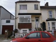 5 bedroom Terraced house in Saxton Street, Gillingham