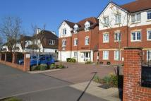 1 bedroom Flat in Prices Lane, RH2