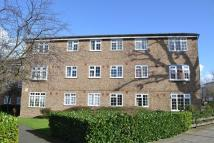 2 bed Ground Flat to rent in Ashdown Way