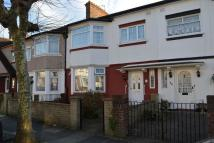Terraced home in Garden Avenue, CR4