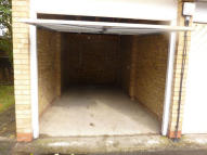 Garage to rent in Lock Up Secure Garage...