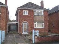 Detached property to rent in Sunningdale Road, Yeovil...
