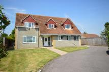 4 bed property for sale in Hawthorne Close...