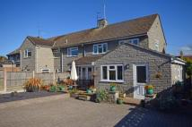 3 bed property in Bell Orchard...