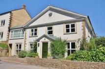 2 bed house in Ashcombe Court...