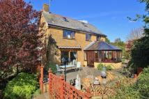 3 bed property for sale in New Road, Ilminster...