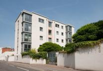 2 bed Flat in Imperial Gate...