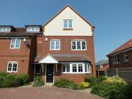 Town House to rent in Berry Close, Faringdon
