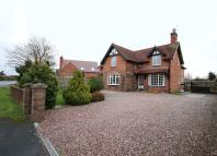 4 bedroom Detached house in Stafford Road, Newport