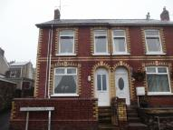 3 bed End of Terrace property in Gladstone Terrace...