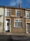 2 bed home in New William Street...