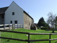 Detached house to rent in The Granary Llangattock...