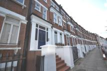 2 bed Flat to rent in Primrose Gardens, London