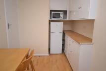 Flat to rent in Lady Somerset Road...