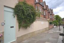 2 bedroom house in Bramshill Gardens...