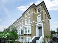 Flat to rent in Knatchbull Road...