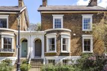 property in Durand Gardens, London