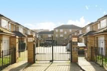 Terraced house to rent in Cottesloe Mews...