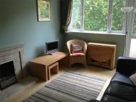 Flat to rent in Applegarth House...