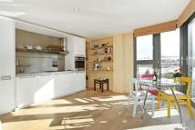 Flat to rent in 3 Winchester Square...