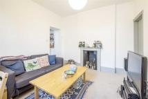 Flat to rent in Bath Terrace, London