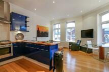 Flat to rent in Webber Street, London