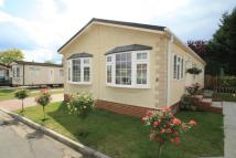 2 bedroom home in Lakeside Park, Mead Lane...