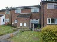 2 bed house to rent in Woodside Court...