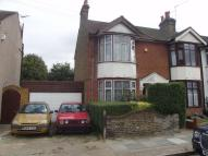 3 bedroom house in Pretoria Road, Romford...